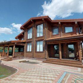 Фото дом из оцилиндрованного бревна по проекту дуб