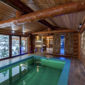 """Фото баня с бассейном из рубленных бревен большого диаметра по проекту """"Антоновка"""""""