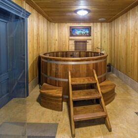 Фото баня из клееного бруса