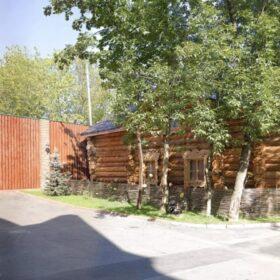 Фото домов из бревна ручной рубки
