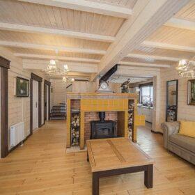 """Фото деревянный двухэтажный дом из клееного бруса по проекту """"Вольтер"""""""