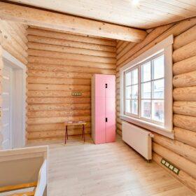 Эко-тех Фото построенный дом из оцилиндрованного бревна по проекту Калифорния